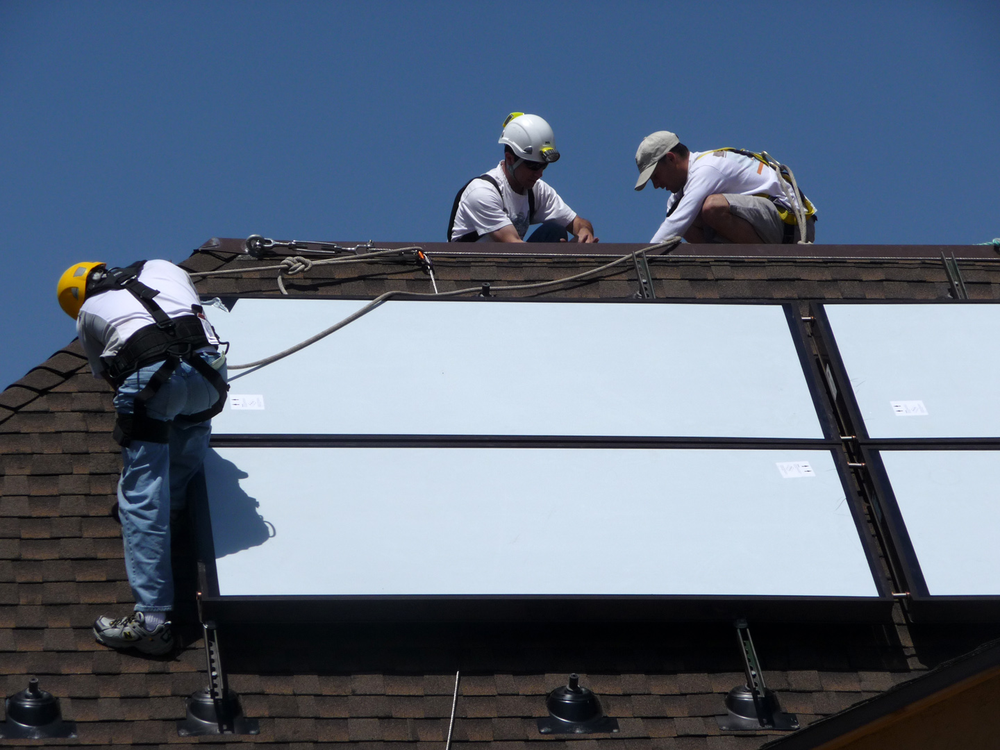 installation of solar thermal collectors platinum leed home