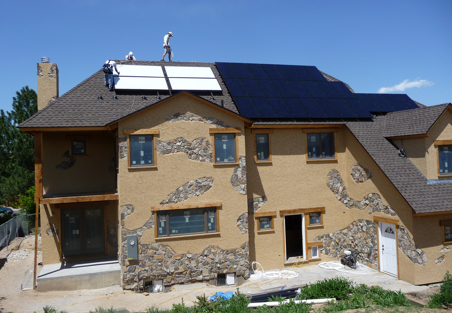 solar pv and solar thermal platinum leed home